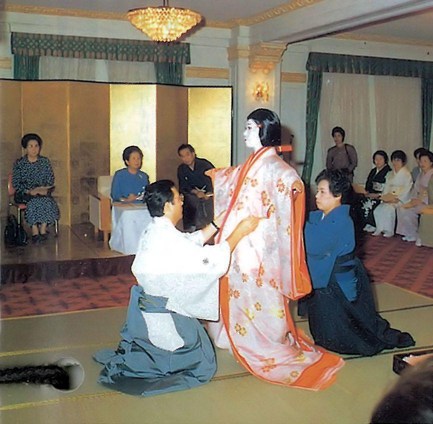 皇族の方々へ現代ならびに古典の着装文化についてご進講