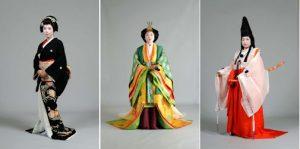 教授講座で学ぶ時代衣裳です。左から京芸妓、中央は十二単、右は白拍子。